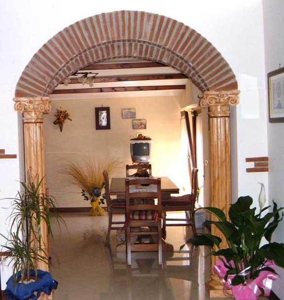 Prodotti da interno la casa del giardino snc di paniccia - Arco interno casa ...