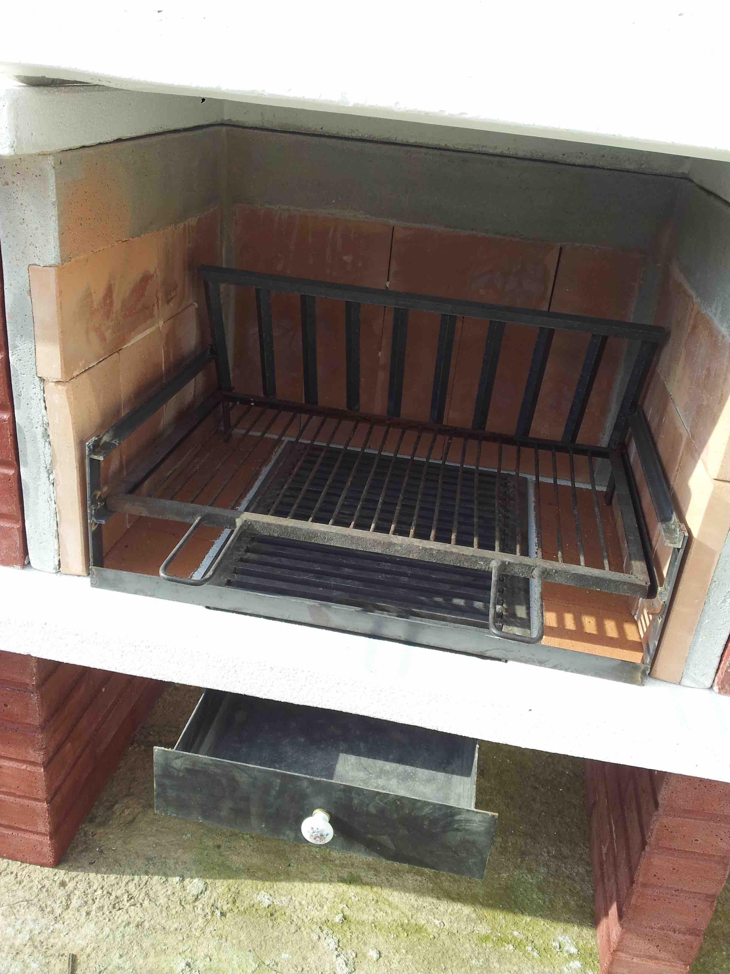 Barbecue la casa del giardino snc di paniccia emiliano e antonino - La casa del barbecue ...