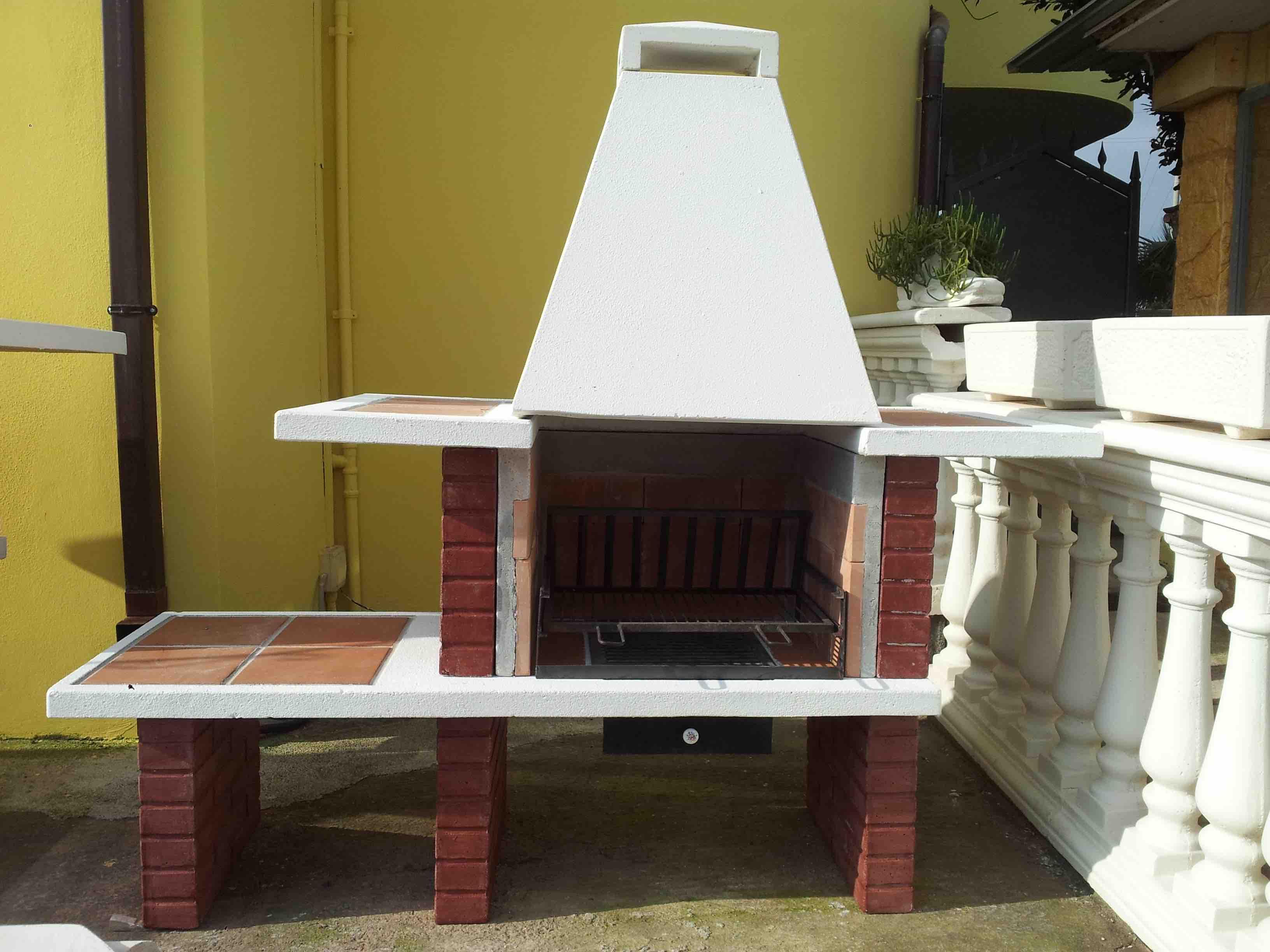 Barbecue la casa del giardino snc di paniccia emiliano e for La casa del barbecue